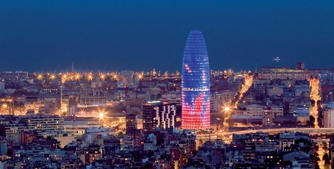 Torre agbar night